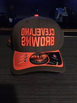 NEW ERA FLEX FIT 39THIRTY ON FIELD CLEVELAND BROWNS HAT NWT