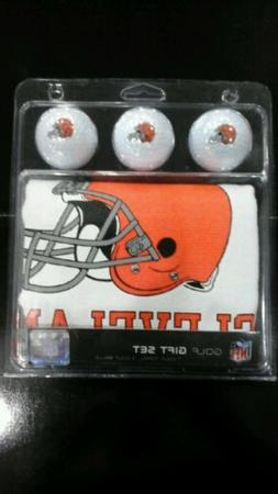 Cleveland Browns Deluxe Golf Gift Set 3 Logo Balls 15x25 Tow
