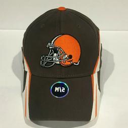CLEVELAND BROWNS NFL Team Apparel Structured Flex Cap Hat Sm