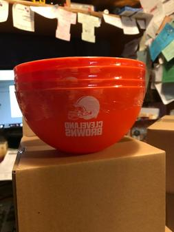 CLEVELAND BROWNS--SET OF 4 --32 OUNCE HEAVY PLASTIC BOWLS
