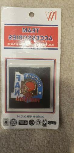 Cleveland Browns Hat pin Lapel Pin Collectable fast free shi