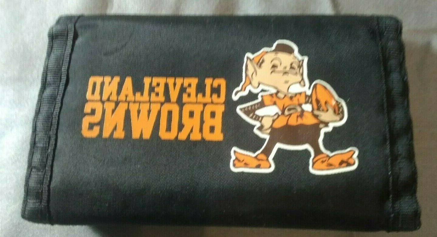 nfl cleveland browns nylon trifold wallet mascot