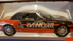 NFL Cleveland Browns 2002 Ford Thunderbird Die Cast Car, NEW